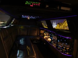 Lincoln Superstretch Limousine Moon innen